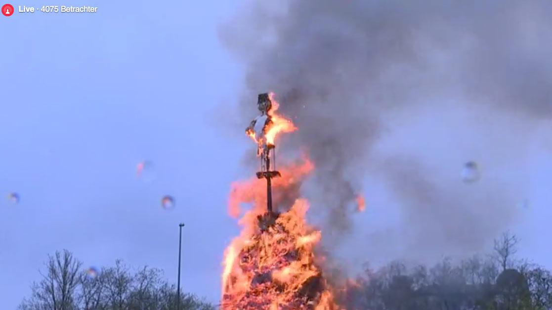 boeoegg-blick-live-facebook-verbrennen