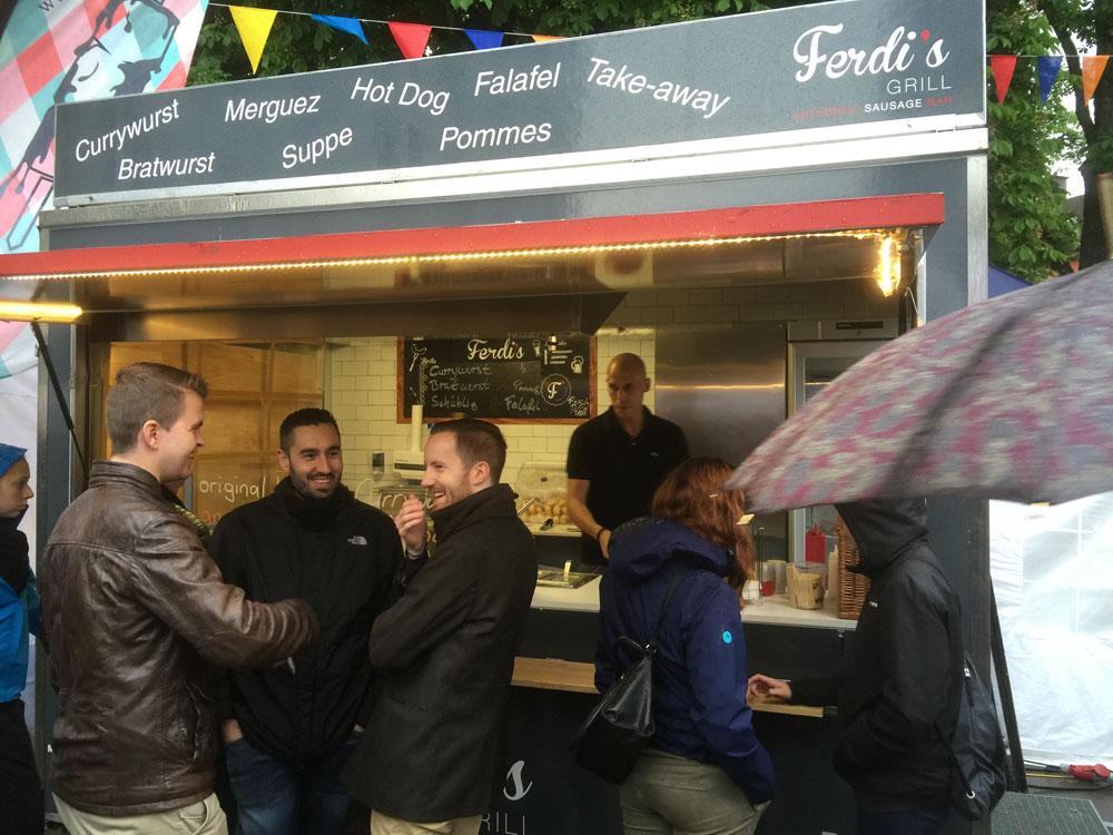 streetfood-festival-stgallen-2016-currywurst-stand