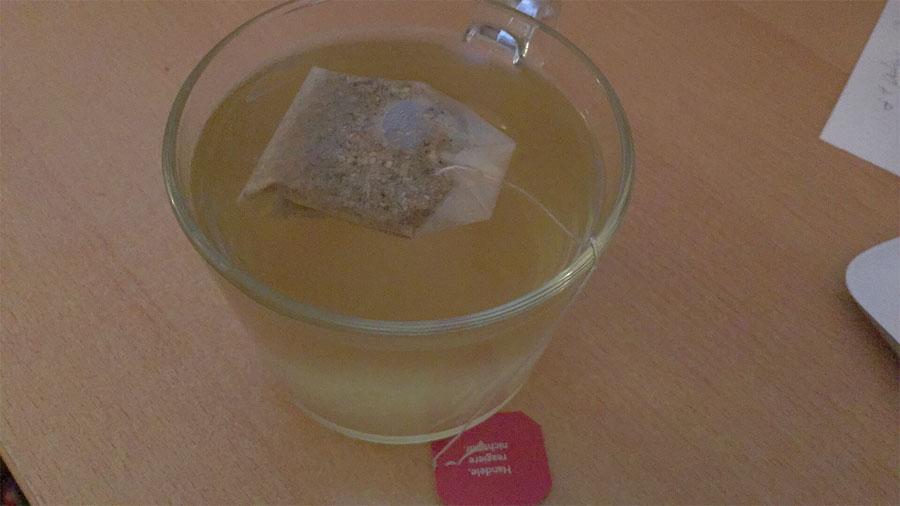 tee-ingwertee-yogi-tea-tasse